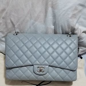 Authentic Chanel Maxi Single Flap